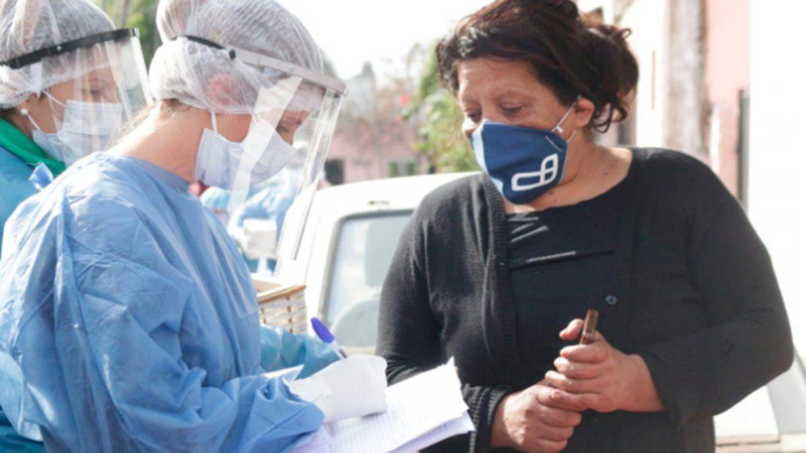 Lanús: relevan a 12 mil vecinos de barrios vulnerables en un operativo casa por casa