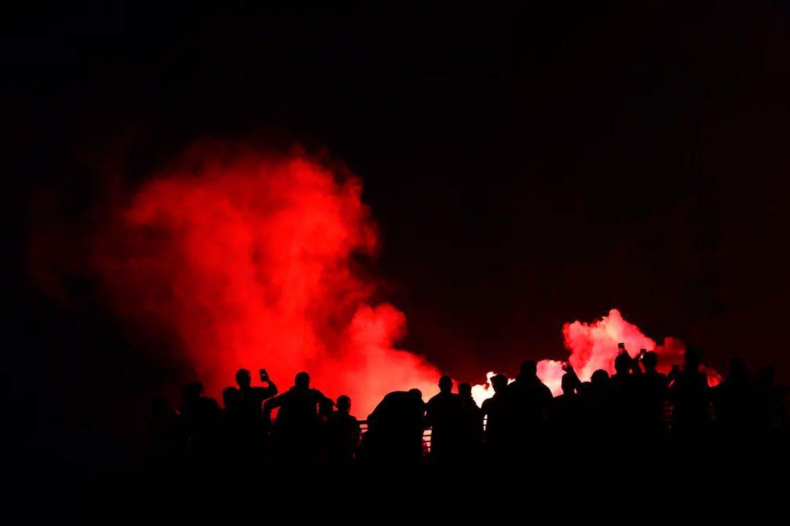 En fotos: así festejaron los fanáticos del Liverpool su primera Premier League