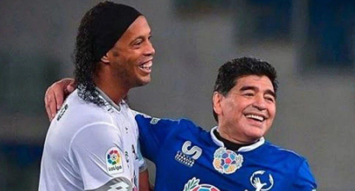 Un sueño tripero: ¿Diego Maradona traerá a Ronaldinho para Gimnasia de La Plata?