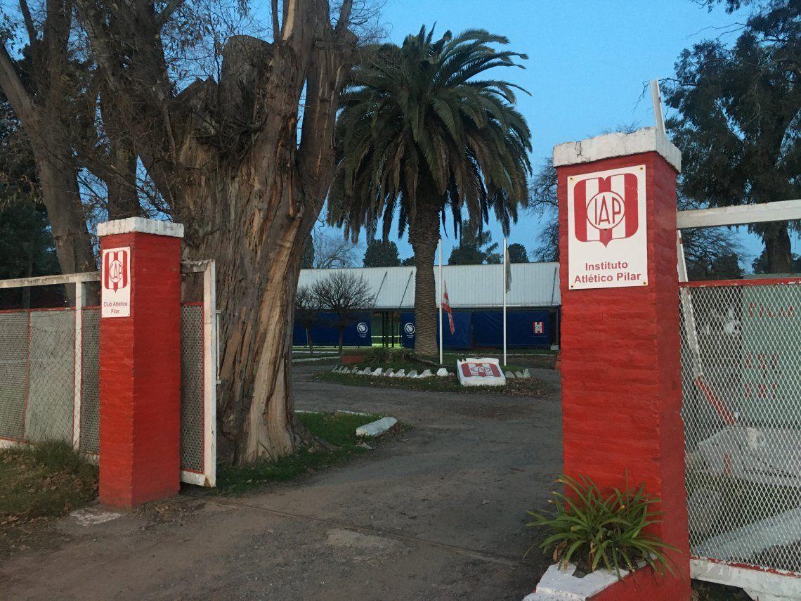 Detienen a 16 personas jugando al pádel en Pilar, entre ellas un funcionario del Municipio de Tigre