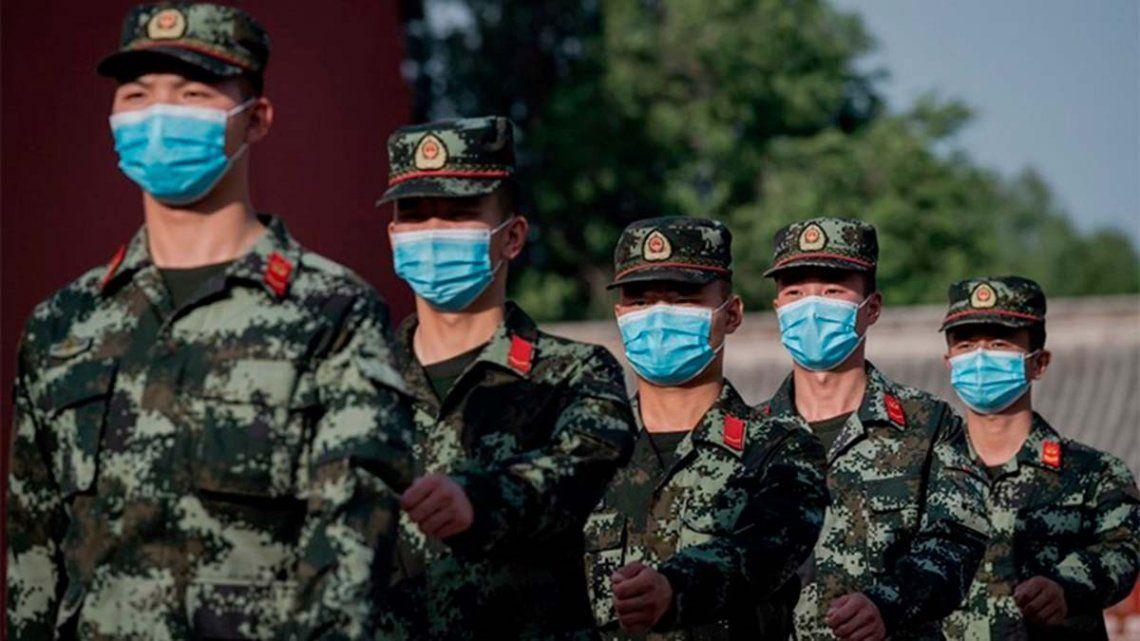 Coronavirus en China: el gobierno aprobó una vacuna para uso exclusivo de su Ejército