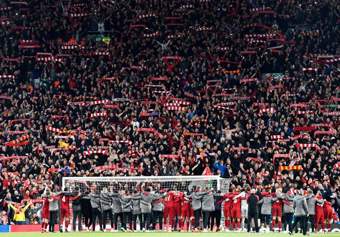 Celebración: plata. Semifinal de la Champions League Liverpool contra el Barcelona
