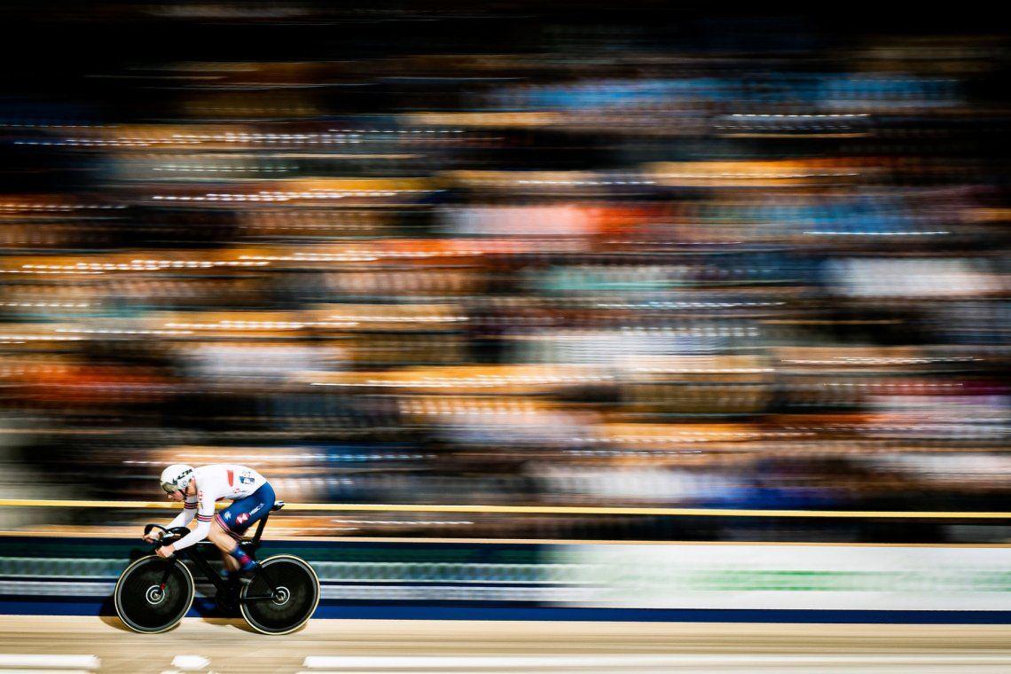 Velocidad: plata.Campeonato de Europa de ciclismo en pista en Apeldoorn