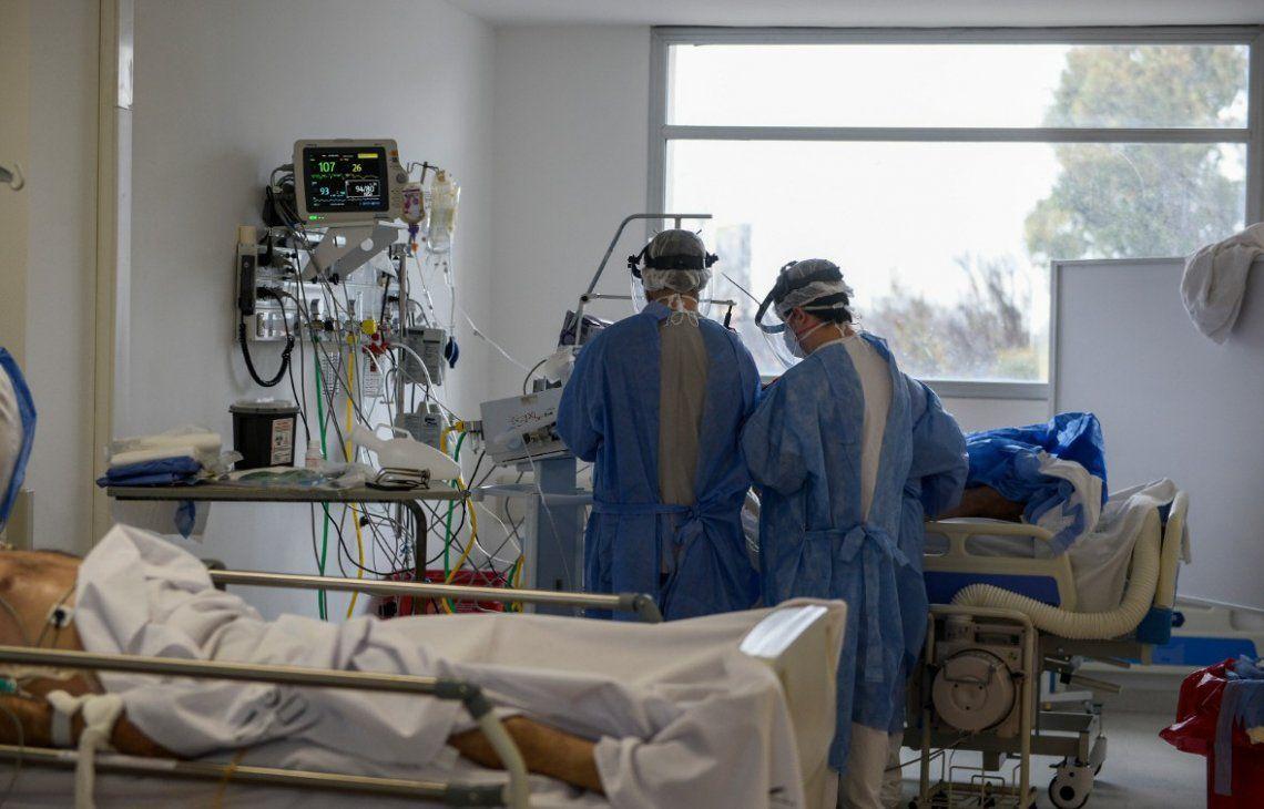 Médicos y enfermeros están en la primera línea de contacto con los pacientes de coronavirus.