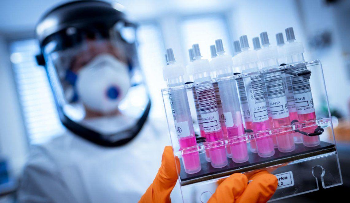 Coronavirus: científicos de 32 países aseguran que la OMS minimiza la propagación por vía aérea