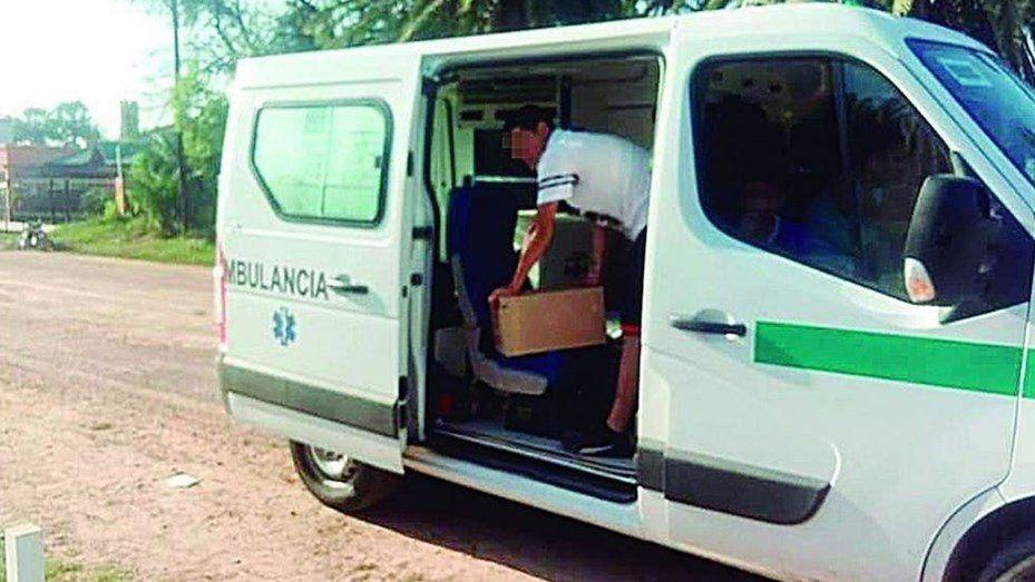 Detienen ambulancia cargada de fernet: eran para el hijo de un intendente