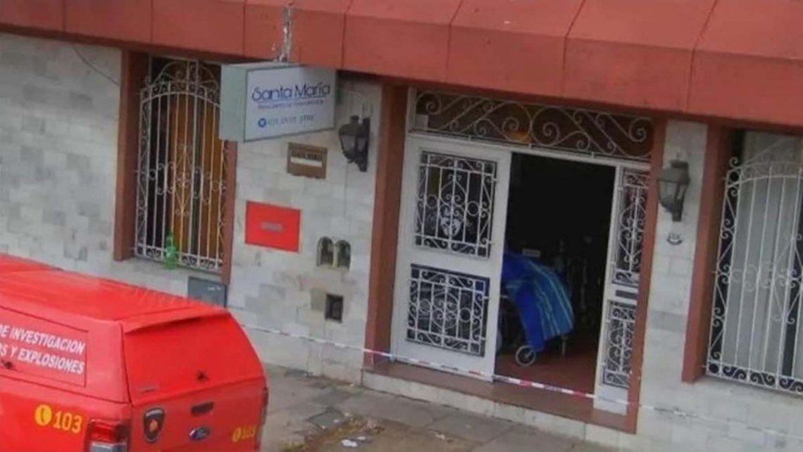 Trágico incendio en un geriátrico de Flores: dos adultos mayores muertos y 40 evacuados