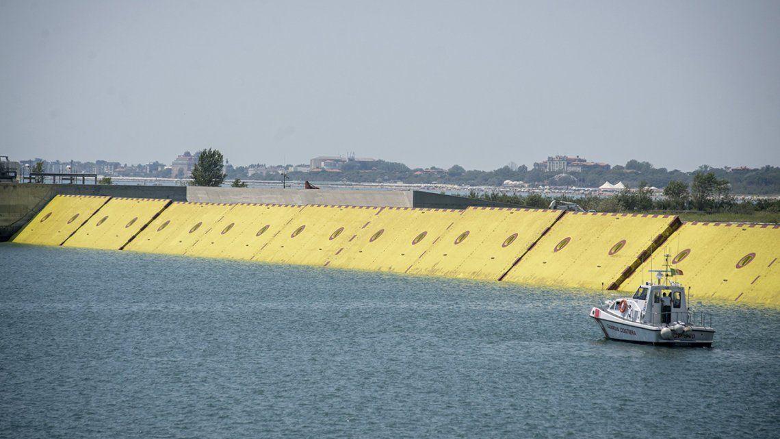 Venecia: exitosa prueba del sistema MOSE, barreras hidráulicas contra inundaciones