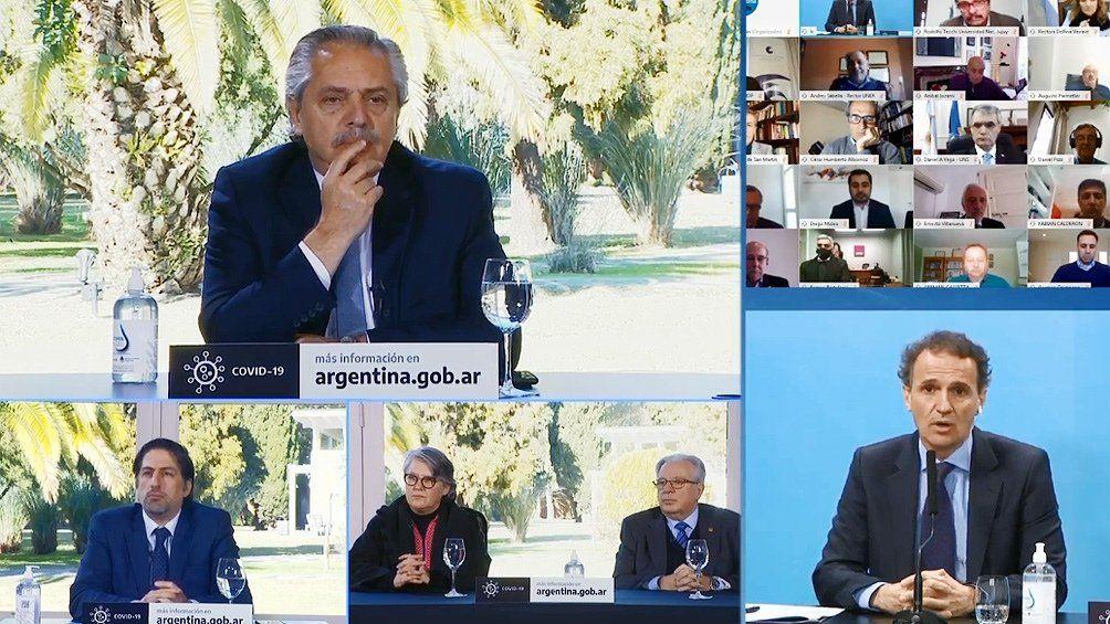 Alberto Fernández: El camino que tiene que abrazar la Argentina es el de la educación pública