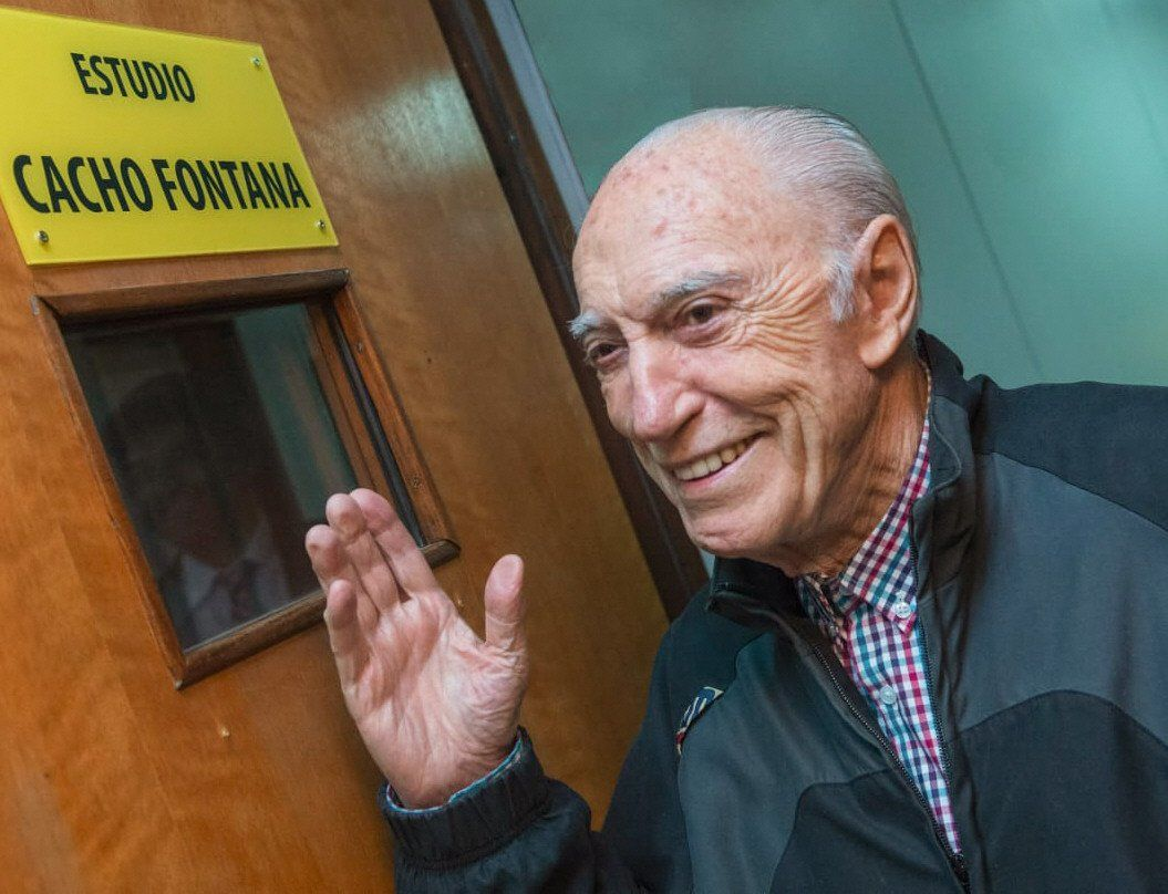 Cacho Fontana trabajó hasta el inicio de la cuarentena.