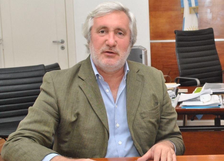 Julio Conte Grand, Procurador General de la Provincia, tiene coronavirus