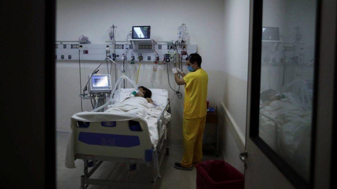 Si los casos siguen creciendo y se complica el sistema sanitario, se volverá para atrás