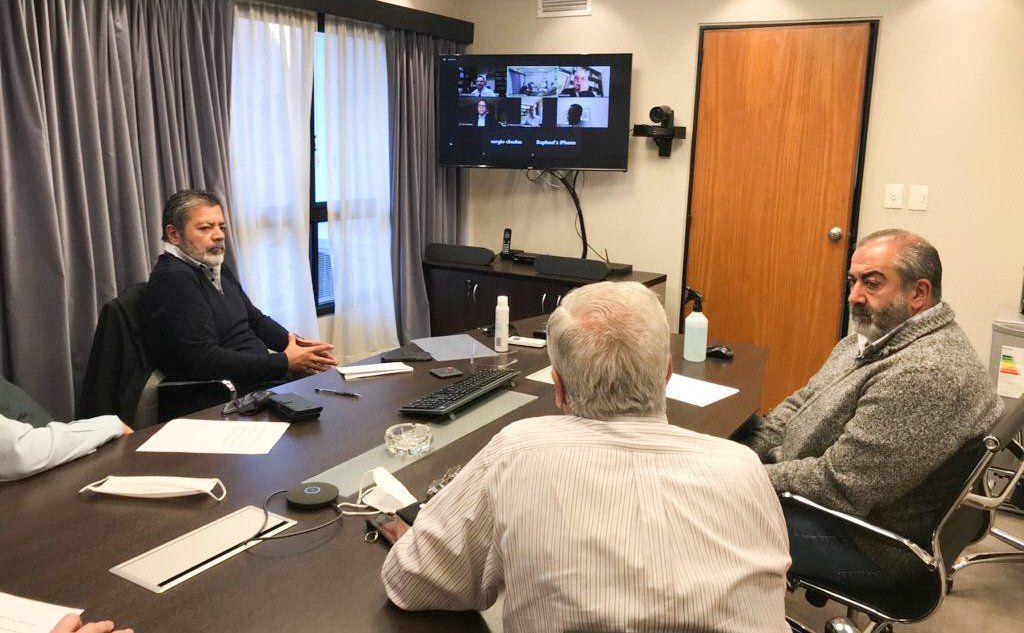En la reunión virtual de ayer estaban Luis Pagani (Arcor)