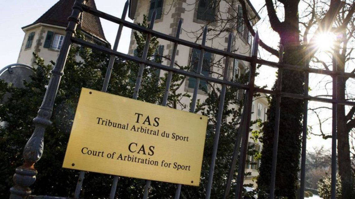 Insólito: el ascenso del fútbol argentino se define en Suiza