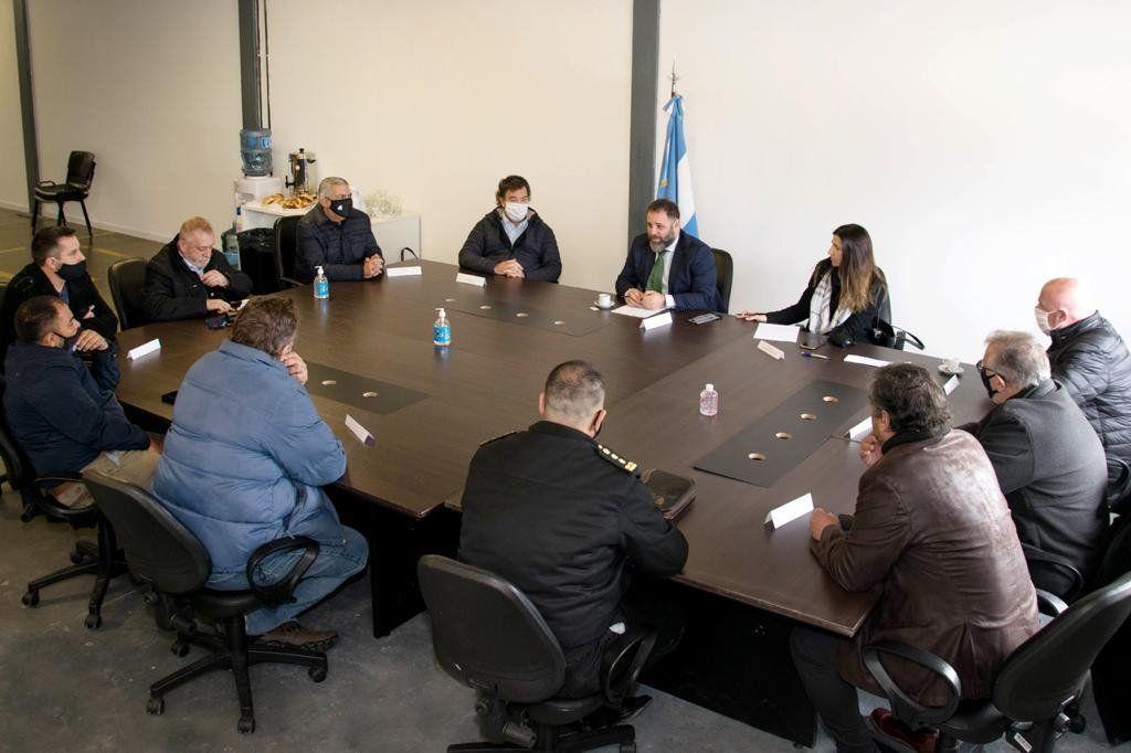 El director de la Policía de Seguridad Aeroportuaria  se reunió con representantes de gremios aeronáuticos