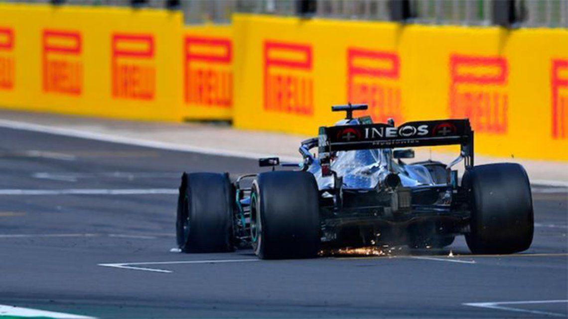 Fórmula 1: Lewis Hamilton ganó el GP de Gran Bretaña con un neumático pinchado