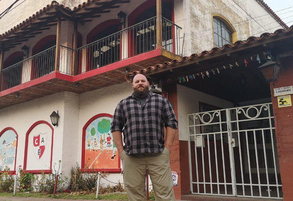 Solidaridad de un artista con el club que lo vio crecer