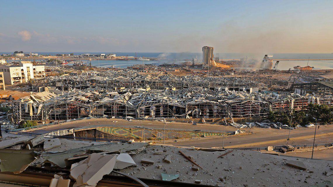 En fotos: el poder devastador de la explosión en el puerto de Beirut