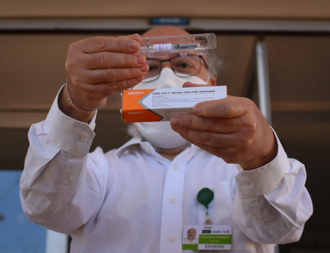 La vacuna rusa contra el coronavirus será producida muy cerca de Argentina