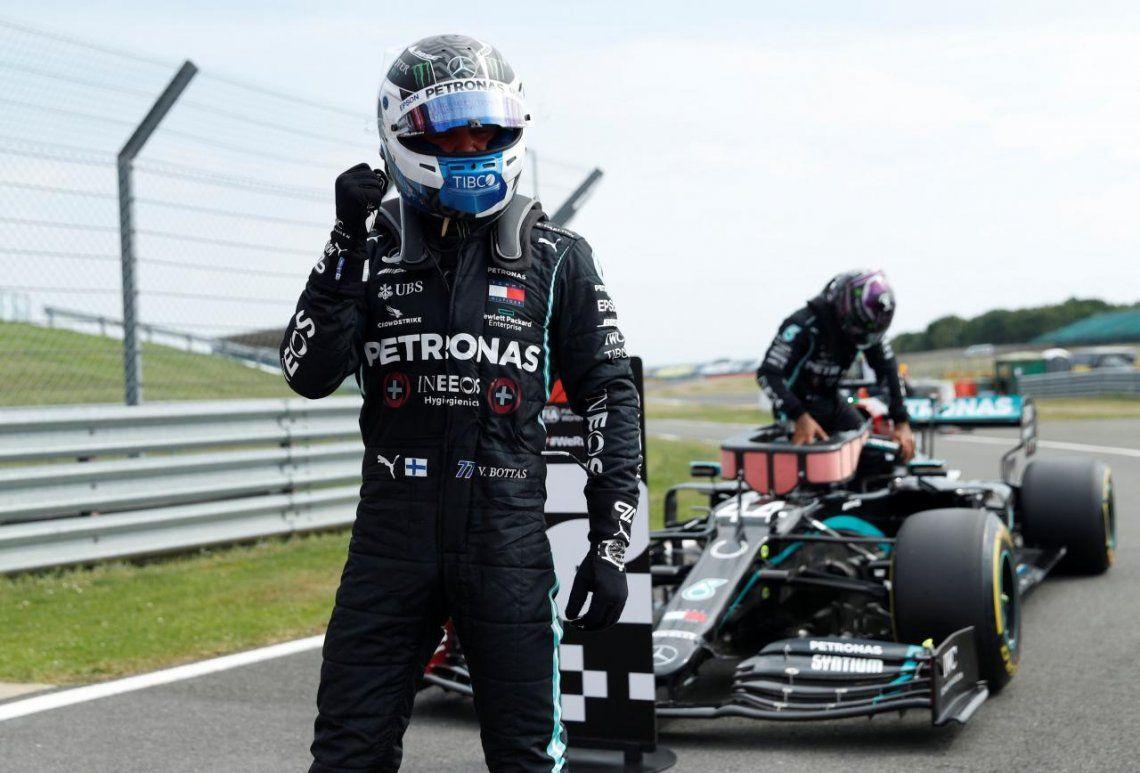 Bottas fue más rápido que Hamilton y se quedó con la pole en Silverstone