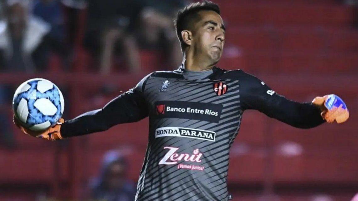 Racing: ya sin Javier García, todos los cañones apuntan a Matías Ibáñez