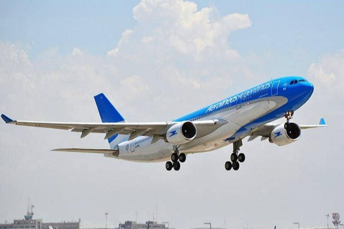 Los vuelos regulares vuelven a partir del 12 o 15 de octubre