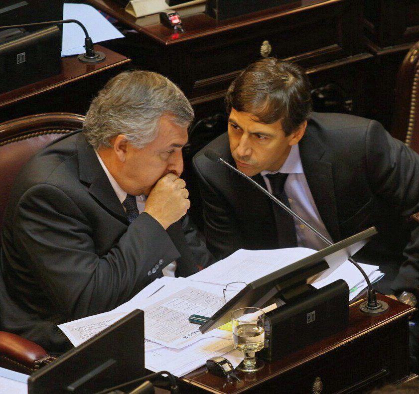 Gerardo Morales y Luis Naidenoff hablaron de liderazgos en JxC.
