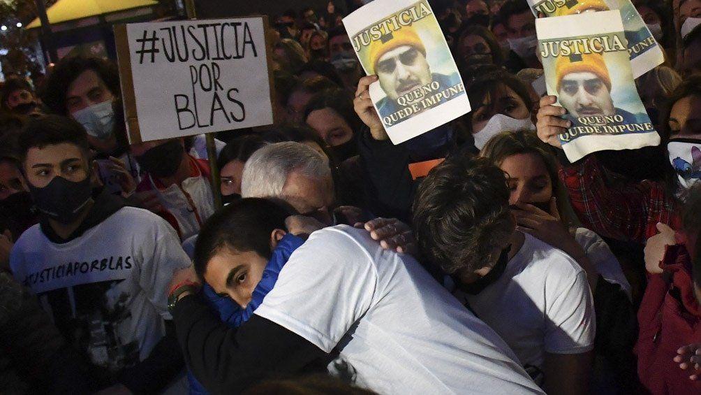 Córdoba: marcharon en reclamo de justicia por el crimen de Valentino Blas Correas