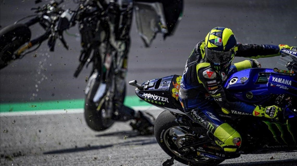 Impactante accidente en el Moto GP de Austria: Valentino Rossi se salvó de milagro