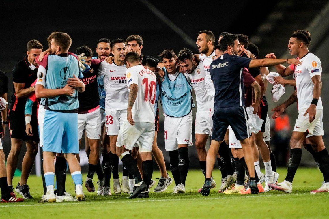 El Sevilla de los argentinos eliminó a Manchester United y es finalista de la Europa League