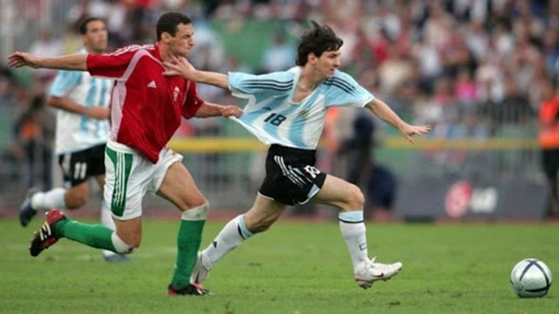A 15 años del debut de Messi en la selección: 92 segundos en cancha y roja