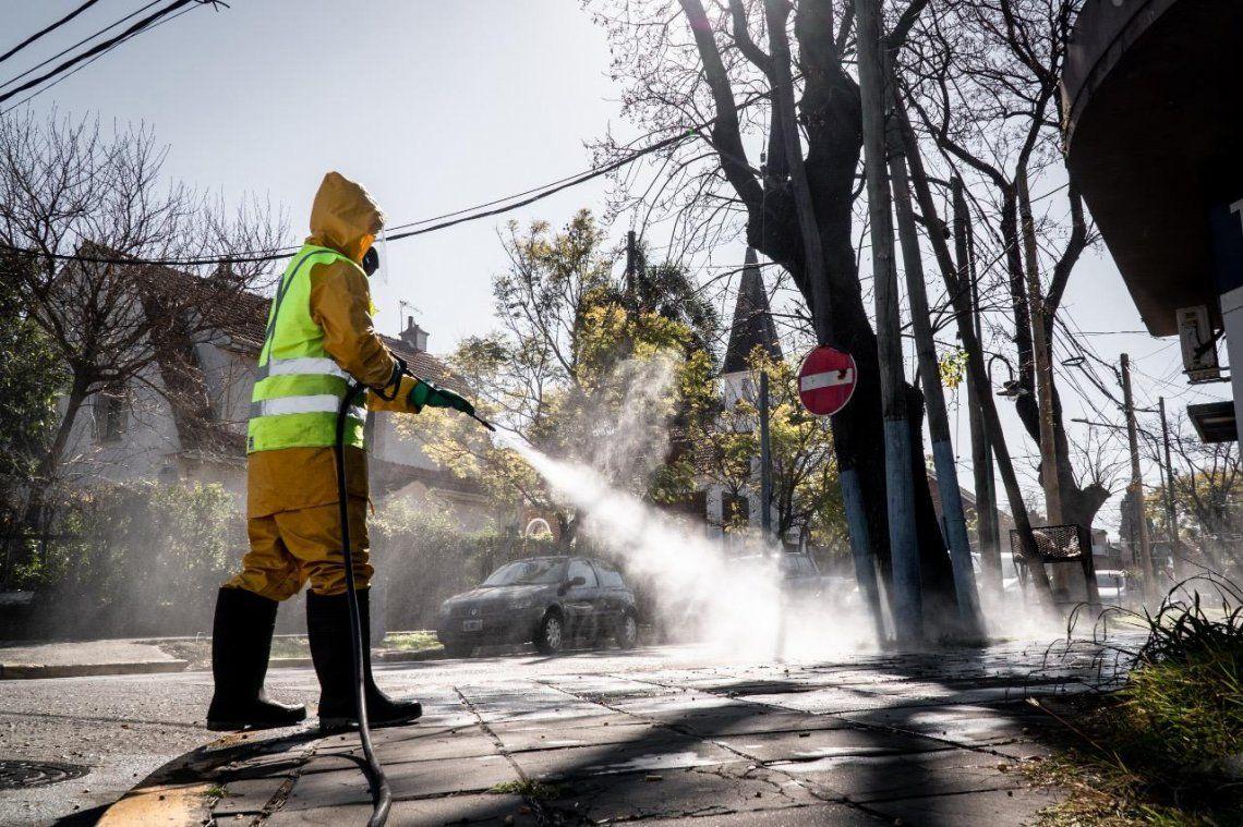 Intensifican operativos de desinfección en Vicente López