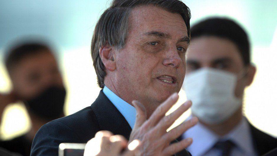 Bolsonaro a un periodista: Qué ganas de reventarte la boca a golpes