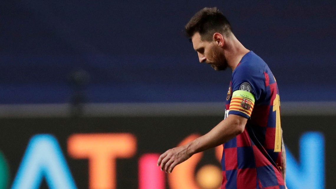 Messi comunicó oficialmente al Barcelona que quiere irse