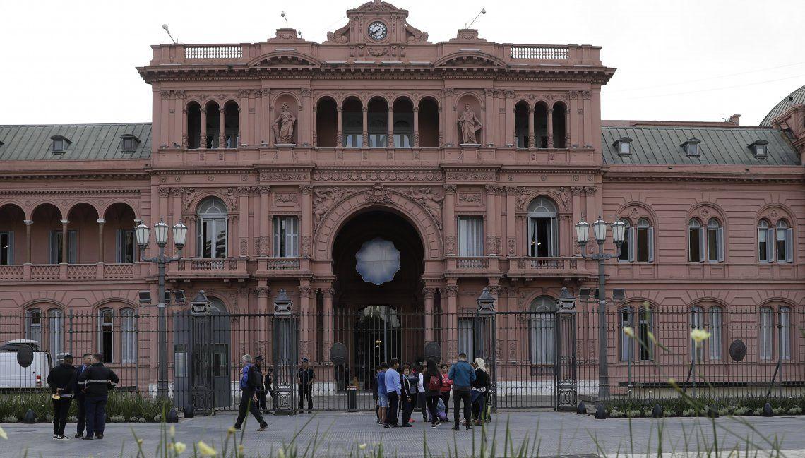En Rosada confirmaron que el anuncio de medidas para reactivar la economía se llevaría a cabo la semana entrante.