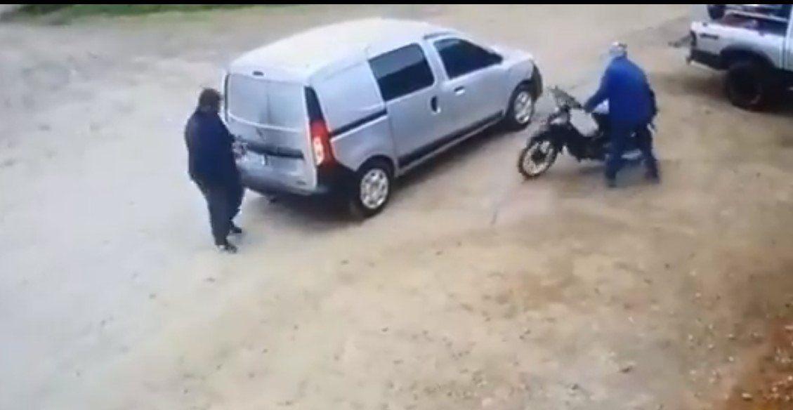 Prolongado y feroz tiroteo entre policía retirado y un delincuente en Zárate