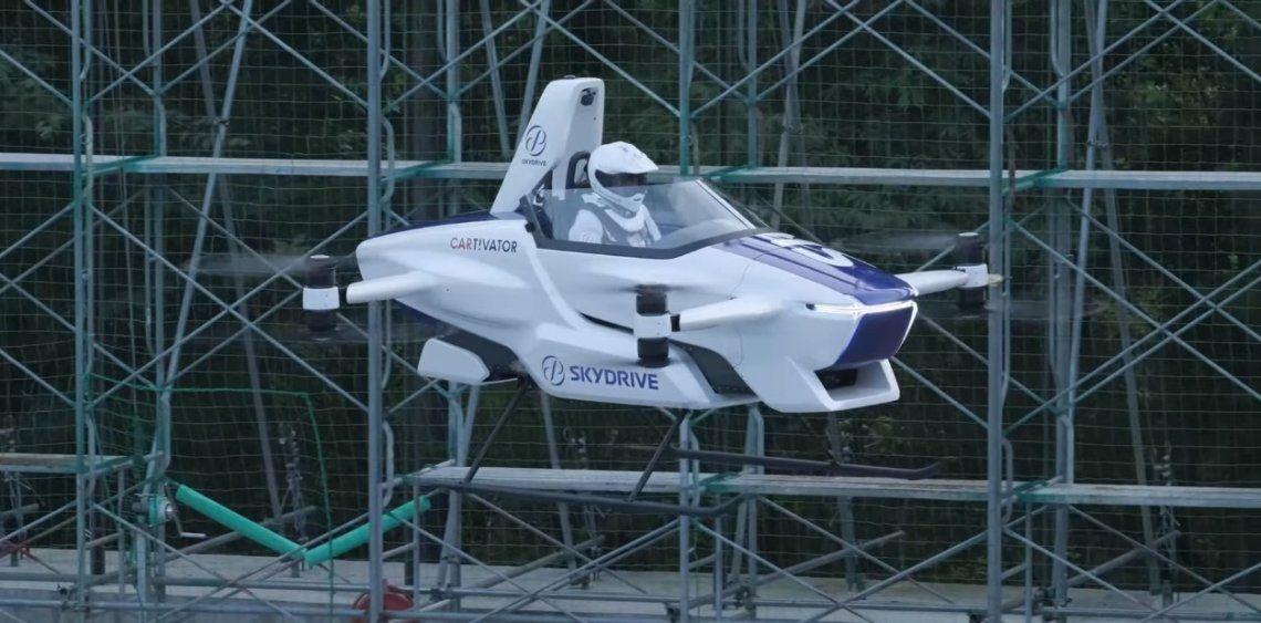 Japón: exitosa prueba del coche volador más pequeño del mundo con un piloto