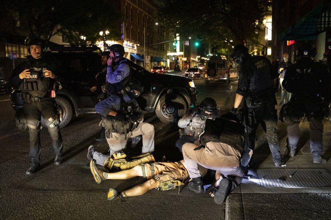 EEUU: un muerto tras enfrentamientos entre manifestantes de Black Lives Matter y simpatizantes de Trump