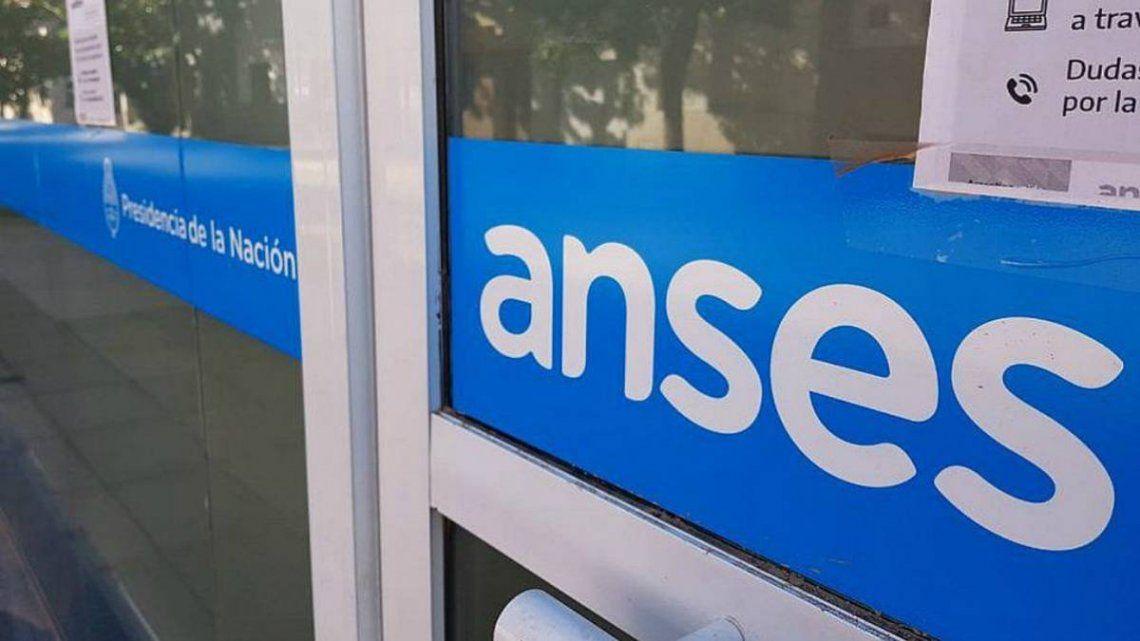 ANSeS oficializó los nuevos montos de las asignaciones familiares: cuales son los valores