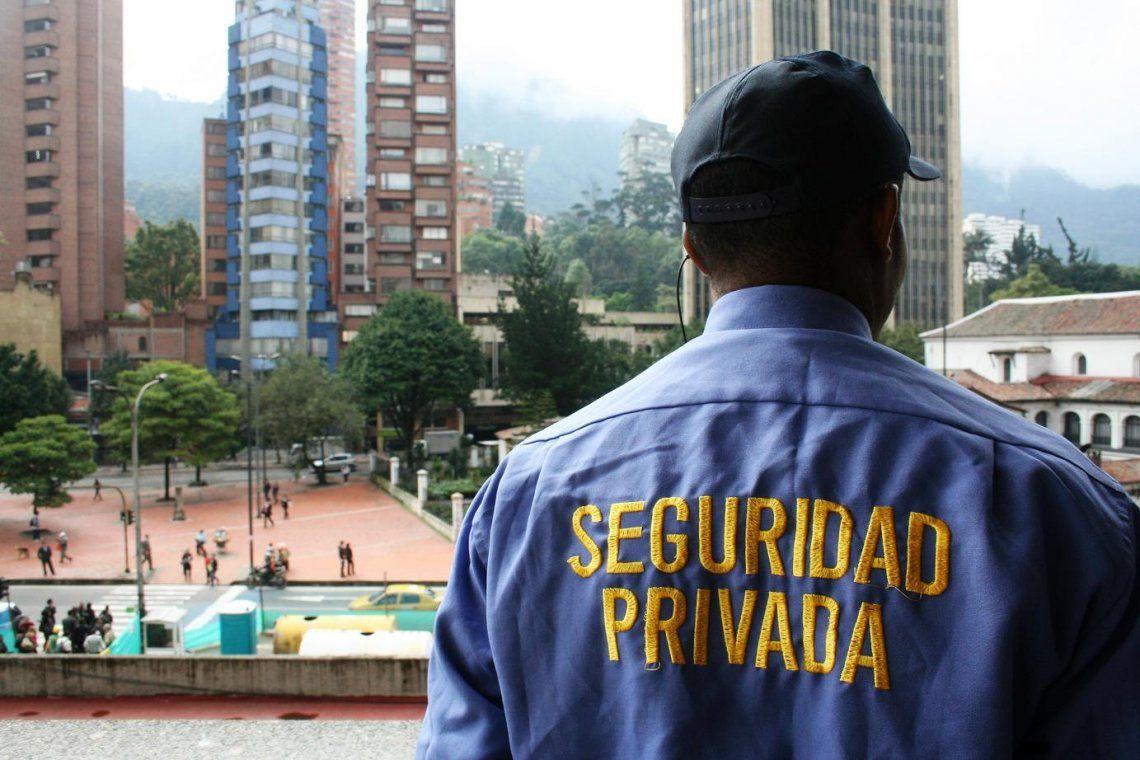 Vigiladores privados logran mejora salarial del 41%