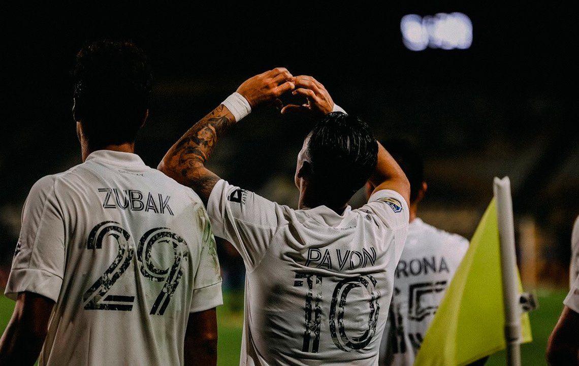 El golazo de Cristian Pavón que volvió a brillar en el triunfo de Los Ángeles Galaxy