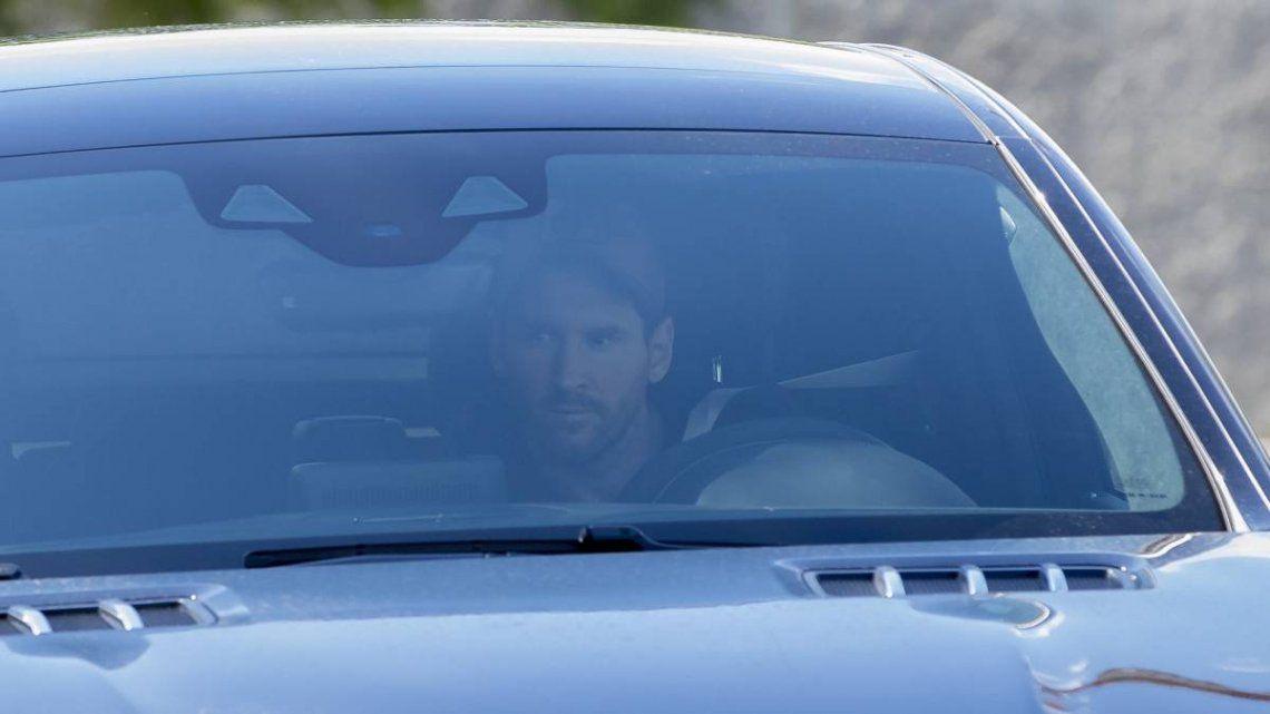 Messi se sumó al entrenamiento de Barcelona