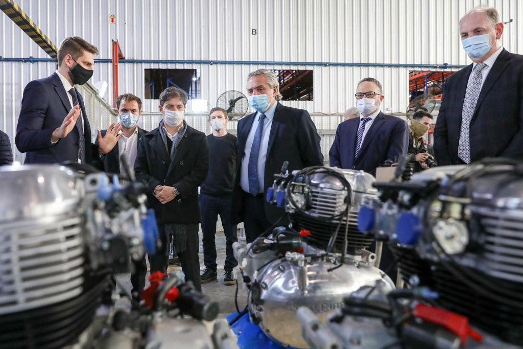 El presidente participó del acto de inicio de producción de una fábrica de motos