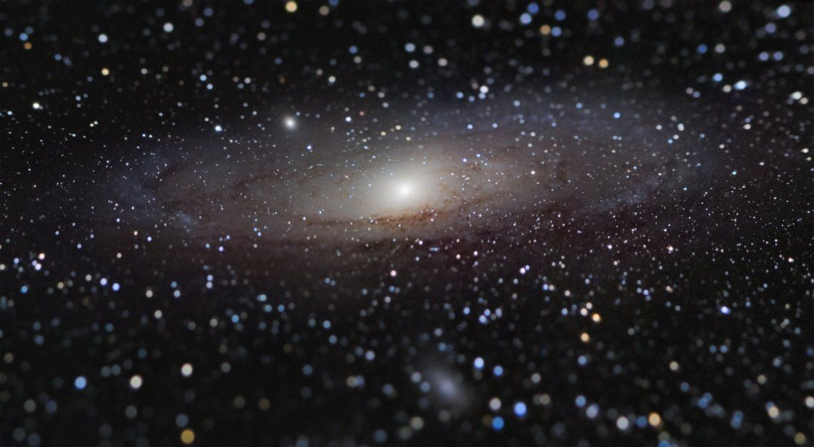 Ganador general y ganador de galaxias: ¿Andrómeda Galaxy a Arms Length?de Nicolas Lefaudeux (Francia)