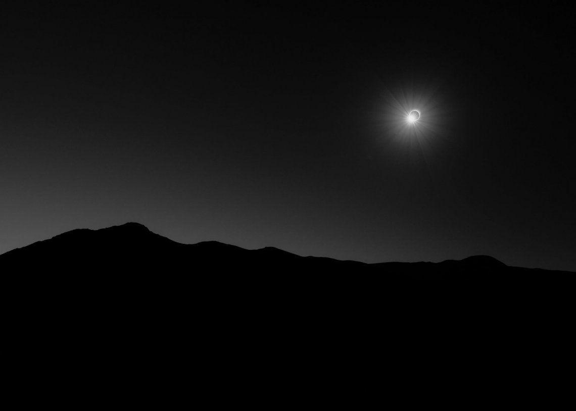 Segundo categoría nuestro sol: 145 Seconds of Darkness por Filip Ogorzeski (Polonia)