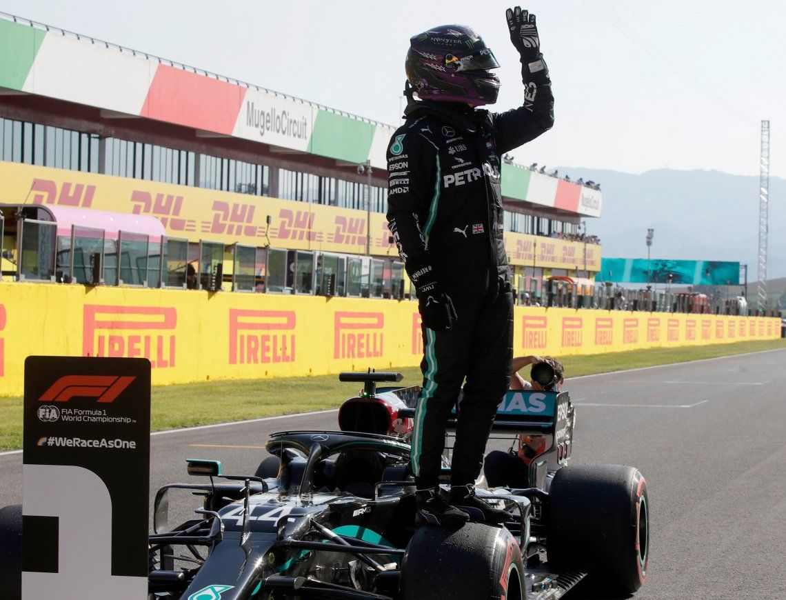 Hamilton largará adelante en el Gran Premio de la Toscana, con otro 1-2 de Mercedes