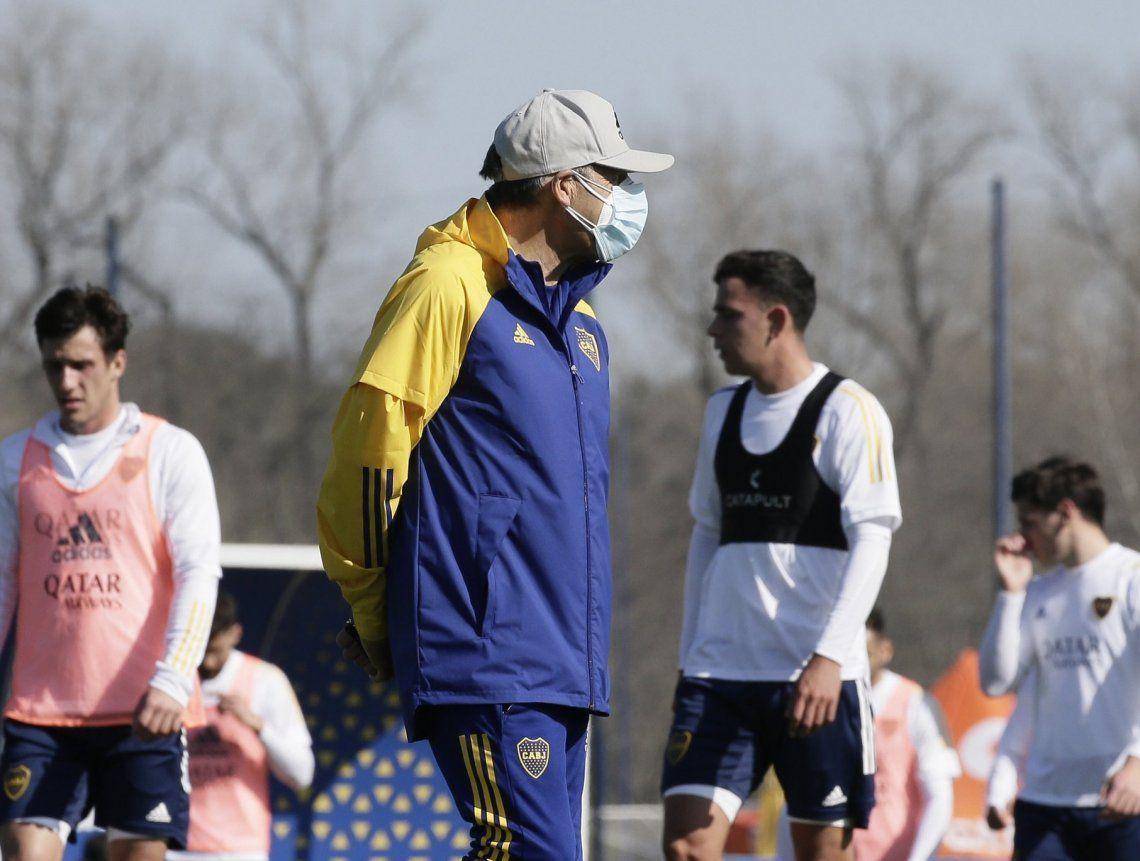 Boca: Miguel Ángel Russo volvió al trabajo y Julio Buffarini está en duda