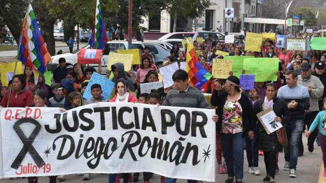 La muerte de Diego Román: imputan a dueños de perros por ataque mortal