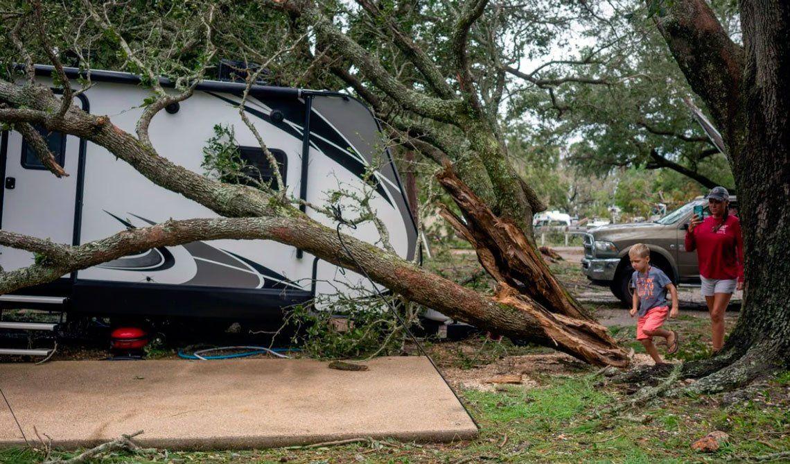 En fotos:el huracán Sally tocó tierra en Alabama y Florida