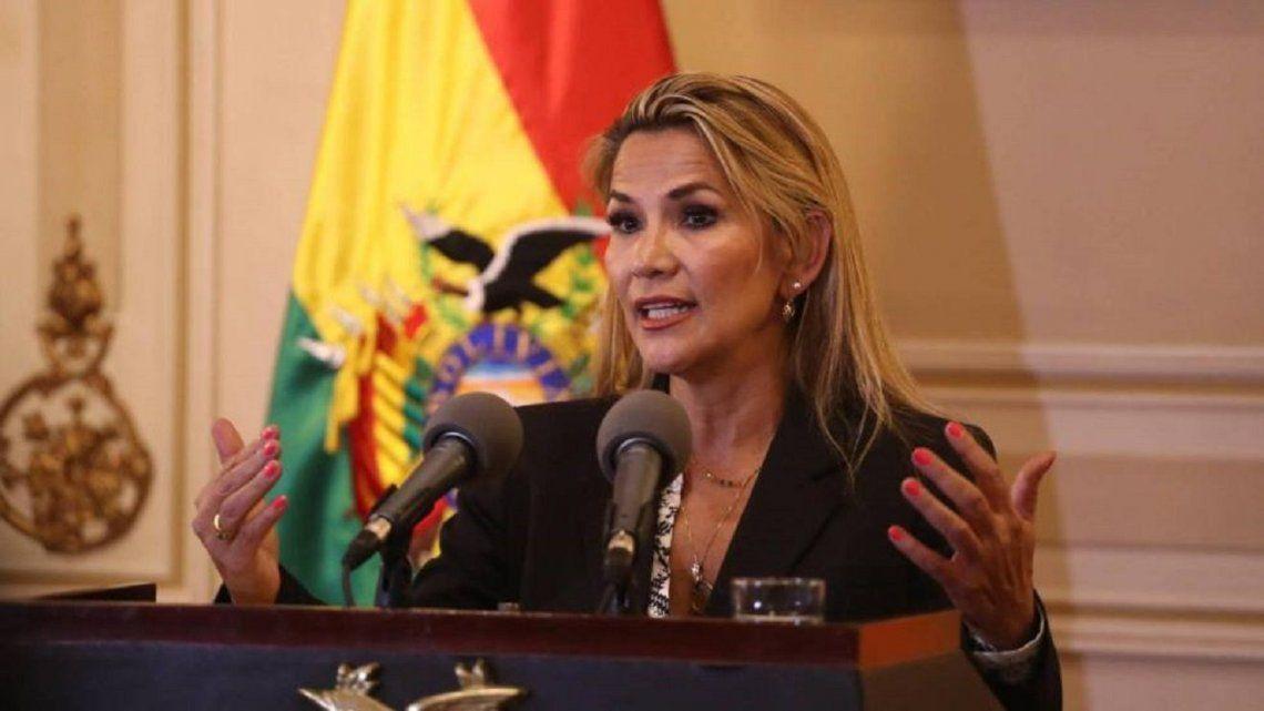 Bolivia: la presidente Añez se retira de la campaña para los comicios del 18 de octubre
